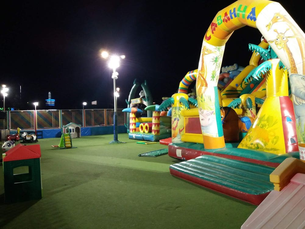 Panda family park Great Heights – Large Areas Led Lighting