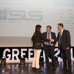 Maggie Athanadiadi (Senior Advisor, SEV) has awarded SLS with the Award of Innovative Industrial Product (Bronze Award).